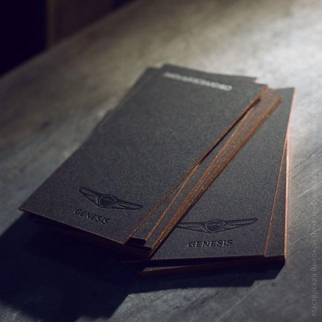 Визитная карточка, черная фольга на графитовой бумаге..